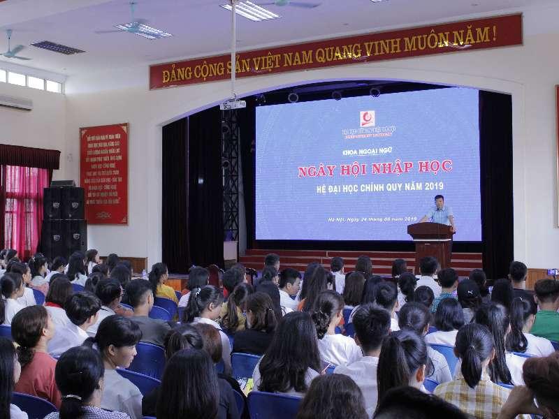 Ngày hội nhập học cho sinh viên Khóa 14