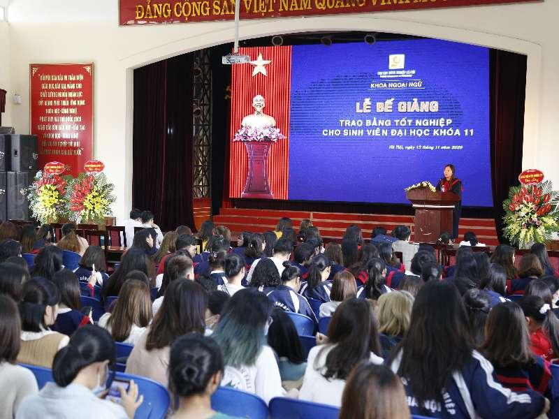 Lễ bế giảng Đại học chính quy Khóa 11